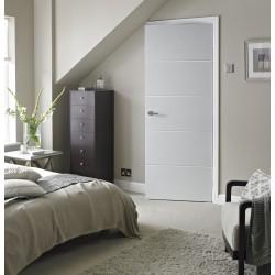 Krāsotas durvis modernā stilā